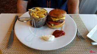 29.05.2017 | Lunch | Luminae Signature Burger